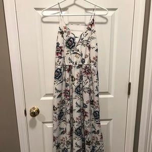 LOFT - Floral 🌷 Maxi Dress - 0P